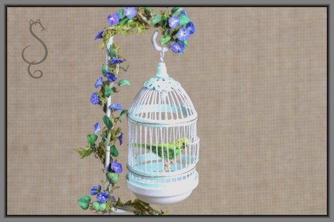 BIRD CAGE finished close up
